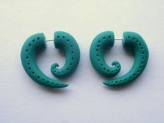 Hey, I found this really awesome Etsy listing at https://www.etsy.com/listing/121805835/forest-green-spiral-fake-gauge-earring