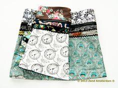Caroline medium wrapskirt with pouchbag [CarolineMedium-v1-20120] - €45.00 : Zand Amsterdam, Unique, colorful, one-size-fits-all wrapskirts and dresses by Yaniv Shapira. Produced fairtrade in India