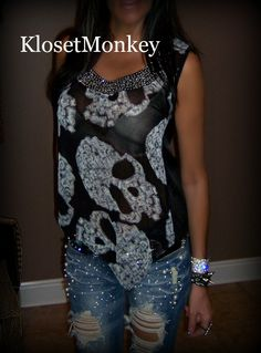 Skull Top and Jeans