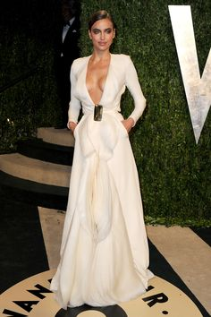 """<b>Ben Affleck!</b> KIDDING. The fashion models who attended Oscars parties wore either lots of sheer paneling or deep V-necks that were all, """"Bras? LOL."""""""