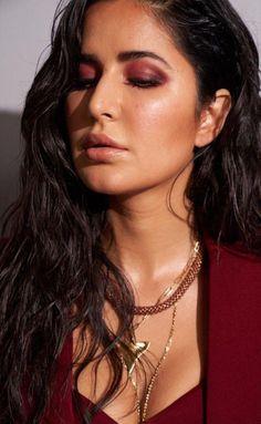 New Fashion: Beautiful Girls Bollywood Actress Hot Photos, Indian Actress Hot Pics, Indian Bollywood Actress, Beautiful Bollywood Actress, Most Beautiful Indian Actress, Bollywood Images, Katrina Kaif Bikini Photo, Katrina Kaif Hot Pics, Katrina Kaif Images