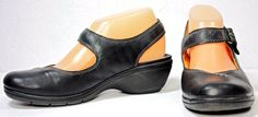 Women's Clarks Unstructured Black Leather Mary Janes Slingbacks Shoes sz 7N #Clarks #MaryJanes