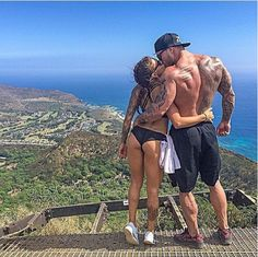 Being sexy together!  #fitcouple #goals #motivation #nevergiveup