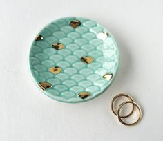 Meerjungfrau Schwanz Ring Dish  Seafoam Green und Gold
