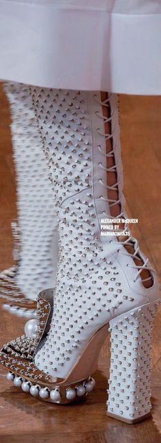 Alexander McQueen By Stella Burton Fall-13 RTW Details