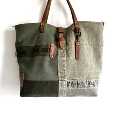 Browse all products in the Les Kakis category from SOben Store. Rag Quilt Purse, Crea Cuir, Denim Purse, Clutch Purse, Coin Couture, Orange Bag, Purse Styles, Little Bag, Cloth Bags