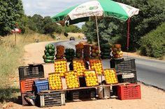 Fruit stall on Kommando Nek