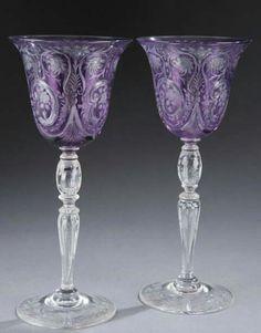 Skleničky na víno * fialové leptané sklo.