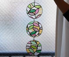 Sutomo Aki's stained glass Diary