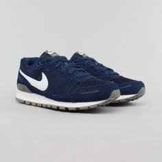 Nike Air Waffle Trainer Mid Navy