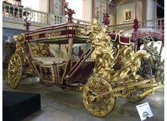 museu-nacional-de-coches-2.jpg (550×400)