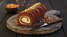 Sjokoladerullekake med peanøtter og karamell