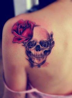 Tatuagem de Rosa   Caveira Ombro Feminino                                                                                                                                                                                 Mais