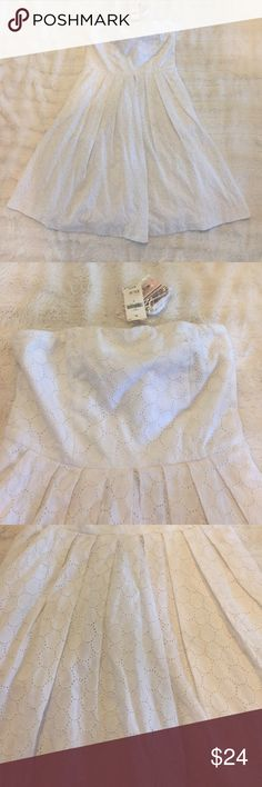 NWT Gap Dress🌟 NWT Gap dress, fully lined, 2 pockets in front with side zip, can be strapless or straps can be put on, straps are included never removed from bag, thanks for looking 😊 GAP Dresses Strapless