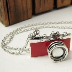 Black Retro Camera Pendant Necklace