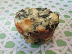 Weelicious Spinach Ricotta Bites - I usually do spinach and broccoli. One surefire way to get Henry to eat his veggies! Baby Food Recipes, Low Carb Recipes, Vegetarian Recipes, Cooking Recipes, Healthy Recipes, Toddler Recipes, Toddler Food, Breakfast And Brunch, Breakfast Recipes
