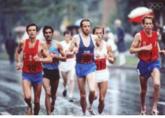 the USA's Frank Shorter (left, #39) during the Marathon, Montreal, 1976.