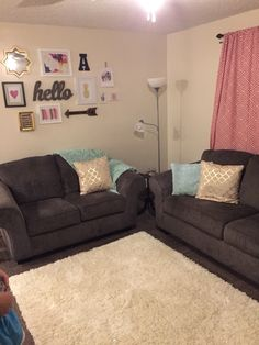 Profane bought home furniture shopping tips Visit Our Office Cute Living Room, Living Room Decor Cozy, Living Room Goals, Cute Room Decor, Home Interior, Interior Design Living Room, Living Room Designs, Home Bedroom, Bedroom Decor