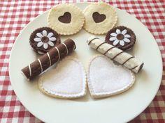 Handmade Felt Play Food, Doughnuts, Jammie Dodgers, Salad, Cookies, Cakes -Props | eBay