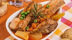 Ricetta Costine con piselli e patate - Le Ricette di GialloZafferano.it