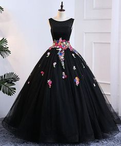 2018 Long Sleeve Gold Prom Dresses,Long Evening Dresses,Prom Dresses On Sale Want a glamorous red carpet look for a fraction of the price? Gold Prom Dresses, Long Prom Gowns, Prom Dresses For Sale, Tulle Prom Dress, Quinceanera Dresses, Dress Long, Formal Dress, Tulle Lace, Short Prom