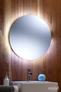 Bathroom Mirror LED Ambient White Surround Light Round / Circular 60cm x 60cm with LED lights 01del FREE DELIVERY / FREE RETURNS