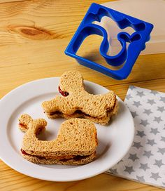 Sandwich Shaper - Whale Octopus Why make boring sandwiches when you can make extradinary sandwiches with the Sandwich Shaper Whale Octopue crust cutter. This great set will have your picky eater diving in for more. Whale Party, Ocean Party, Whale Birthday, Sandwich Cutters, Cool Lunch Boxes, Shops, Kid Friendly Meals, Birthday Party Themes, Birthday Bash