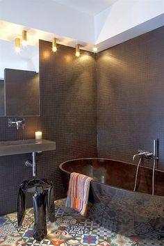 Jurnal de design interior -  Un apartament inedit și plin de personalitate