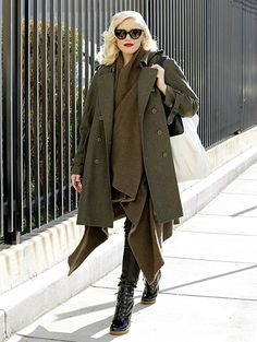 8a52b577d00 Pregnant Gwen Stefani conceals her baby bump with layers. Gwen Stefani No  Doubt