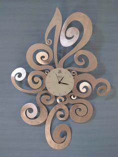 Lovely swirly wall clock