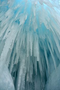 Mille Fiori Favoriti: Ice Castles in Breckenridge, CO- where and when to visit them and how they are made...