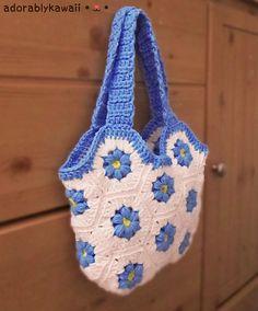 Flower Hexagon Bag by Adorably Kawaii   http://www.ravelry.com/patterns/library/flower-hexagon-bag