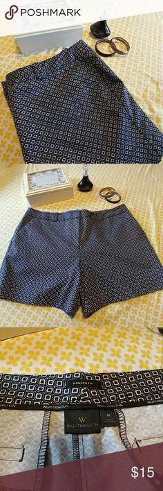 NWOT MODERN FIT WOTHINGTON SHORTS SIZE 12 NWOT very cute shorts 56% cotton 42% polyester 2% spandex. Worthington Shorts