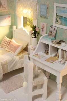 Pretty bedroom with writing desk.