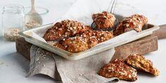 Scones med havre, gulrøtter og nøtter | Coop Mega Pavlova, Healthy Cooking, Scones, Granola, Tiramisu, Cereal, Sweets, Breakfast, Food