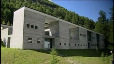 Therme Vals designed by Peter Zumthor Architecture Student, Ancient Architecture, Sustainable Architecture, Residential Architecture, Architecture Details, Landscape Architecture, Peter Zumthor, Spa Design, Urban Design