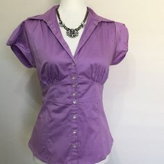 NWOT VIOLET BANANA REPUBLIC BUTTON DOWN SIZE 6 NWOT BANANA REPUBLIC career top blouse  New without tags  great for all occasions!  business, career or casual!  Size 6 cotton  Excellent condition no rips or stains   All items ship same or next business day! (M-F, no holidays) Please feel free to contact with any questions!  If you are interested in purchasing multiple items we do offer discounts and/or combined shipping! Just ask!   Listing is for one item only!!!! Banana Republic Tops Button…