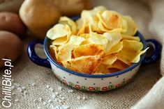 ChilliBite.pl - motywuje do gotowania!: Domowe chipsy bez tłuszczu Homemade Chips, Snack Recipes, Snacks, Food Porn, Appetizers, Lunch, Cooking, Blog, Fat