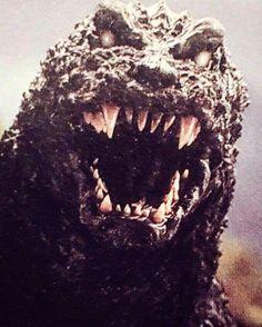GMK Godzilla he is so handsome! https://www.youtube.com/watch?v=izFuYvbilmw