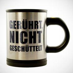 Für Faule - und alle, die tolle Technik und Milchkaffe lieben: Unser origineller Selbstumrührender Becher mit Gravur - personalisiert.