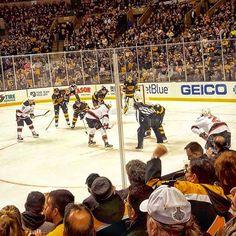 Added TD Garden to the Collection!A Fun Time with some Fellow Hockey Fans!@njdevils -- #Hockey #NHL #Arenas #NJDevils #BostonBruins #Travel #Wanderlust #Traveler #Instatravel #Travelgram #Adventure #SoloTravel #Boston #BostonWeekend2017 #TravelPhotos #TravelBlog #DesiredAustin #DesiredTastes