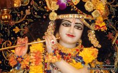 To view Govinda Close Up  Wallpaper of ISKCON Calcutta in difference sizes visit - http://harekrishnawallpapers.com/sri-govinda-close-up-iskcon-calcutta-wallpaper-001/