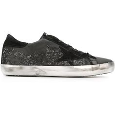 Golden Goose Deluxe Brand 'Super Star' sneakers (2.720 RON) ❤ liked on Polyvore featuring shoes, sneakers, black, black leather sneakers, star sneakers, leather sneakers, leather flat shoes and black leather shoes