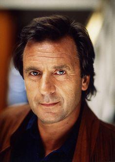 Klaus Wennemann (* 18. Dezember 1940 in Oer-Erkenschwick, Westfalen ; † 7. Januar 2000 in Bad Aibling, Bayern) war ein deutscher Schauspieler.