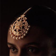 Kishandas Tika Jewelry, Head Jewelry, India Jewelry, Wedding Jewelry, Stylish Jewelry, Fashion Jewelry, Hyderabadi Jewelry, Rajputi Jewellery, Gold Jewellery Design