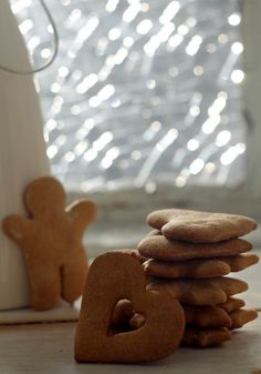 Mézes puszedli Gingerbread Cookies, Muffin, Food, Gingerbread Cupcakes, Essen, Muffins, Meals, Cupcakes, Yemek