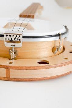 Banjo Ukulele (banjole)