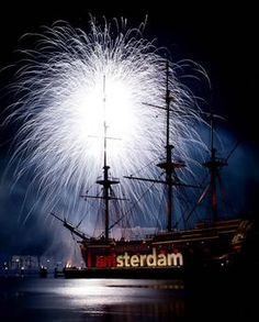 Foto ANP Sailing Ships, Happy New Year, Holland, Boat, The Nederlands, Boats, Happy 2015, The Netherlands
