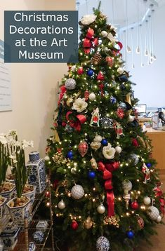Slices of Life : Holiday Decorations at the Florence Griswold Museu. Holiday Decorations, Christmas Themes, Slice Of Life, Over The Moon, Painted Paper, Handmade Ornaments, Holiday Traditions, Happy Holidays, Florence