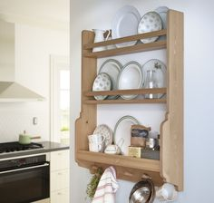 When kitchen cabinet and drawer space is in short supply, keep your kitchenware within reach with IKEA wall storage!